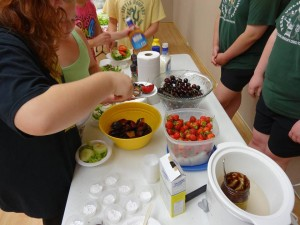 Tween Munch and Make — Olean Public Library